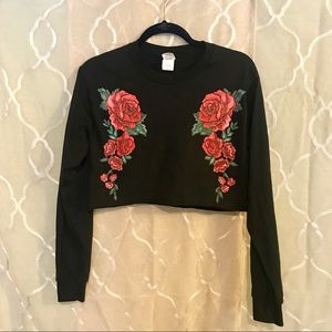 Tops - Floral black long sleeve crop top size S